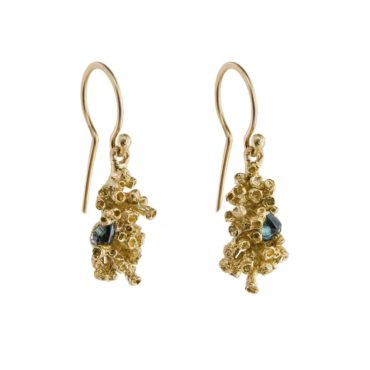 tomfoolery:  Sapphire Barnacle Small Drop Earrings by Ami Pepper