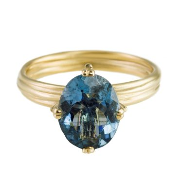 Tomfoolery Yen Oval Blue Sapphire & 9ct Yellow Gold Ring