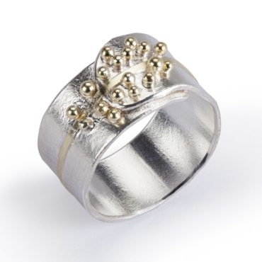Hannah Bedford, Tomfoolery, Granulated Gold Line Ring
