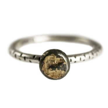 Samantha Queen, Textured Oxidised Silver & 18ct Gold Solitaire Ring, Tomfoolery