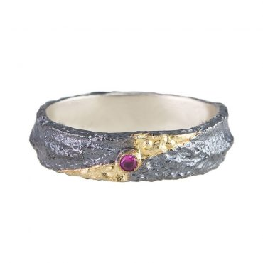 Tomfoolery, Apostolos: Oxidised Silver and Ruby Fade Ring